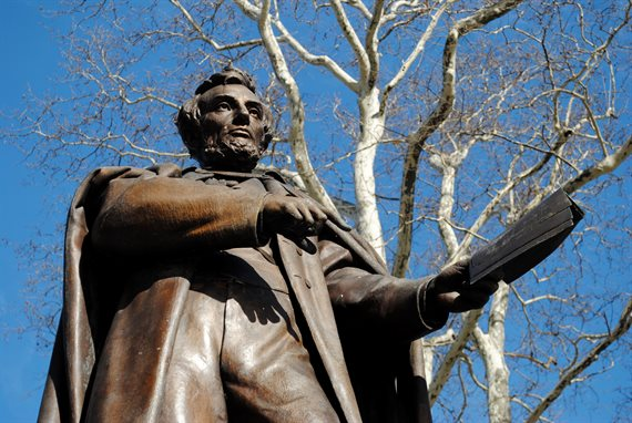 Statue of Honest Abe in Brooklyn